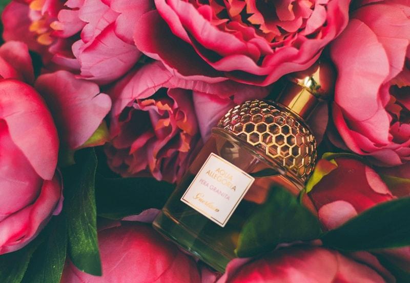 3 magazine serioase de la care imi cumpar parfumuri originale