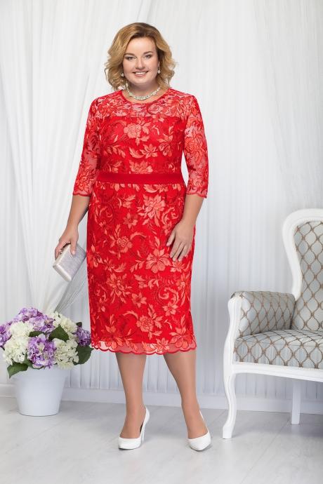 Rochie rosie eleganta de ocazie cu un croi drept midi cu maneci trei-sferturi din dantela