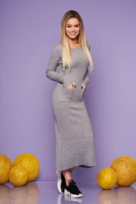 Rochie SunShine gri de zi din material tricotat lunga cu un croi mulat