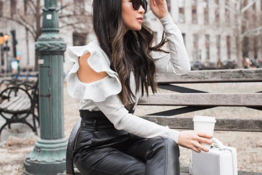 Colanti si pantaloni de dama din piele ecologica disponibili online
