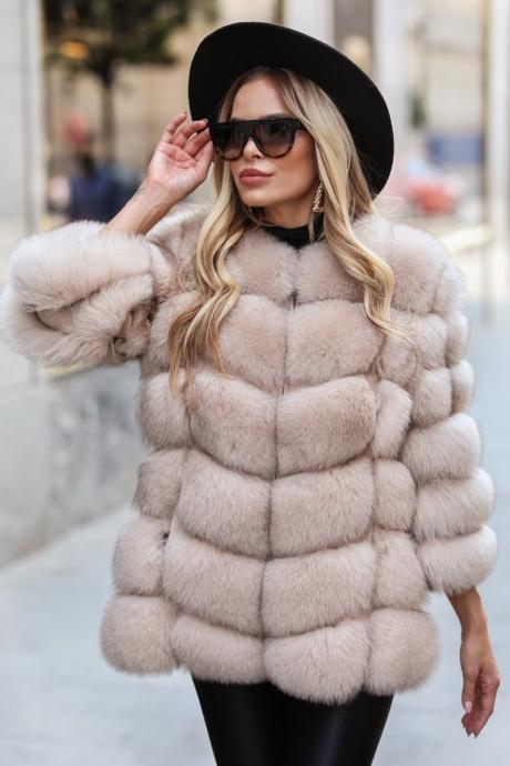 Haina blana naturala dama vulpe polara bej cu maneci detasabile Vanity