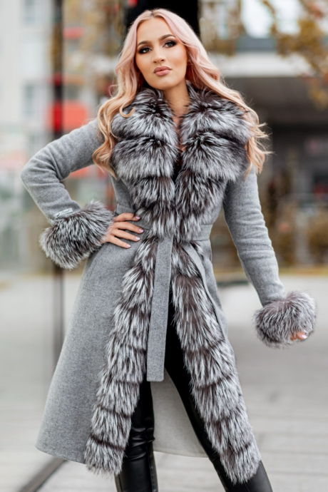 Palton dama gri din lana de alpaca cu guler si mansete din blana naturala de vulpe argintie cu fir lung Samira
