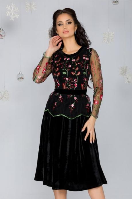 Rochie Miruna neagra cu broderie florala rosie la bust si fusta din catifea