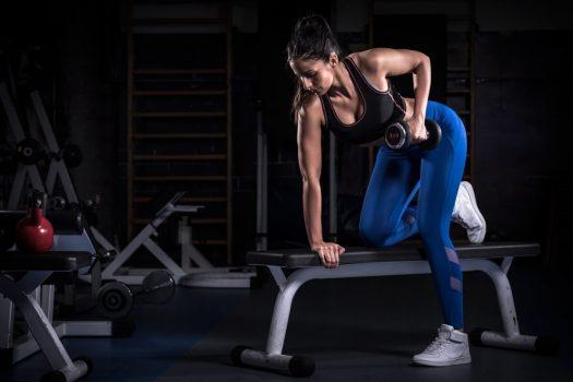 Mergem la sala? 20 de modele de pantaloni de trening si colanti fitness pentru femei