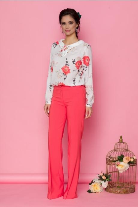 Pantaloni LaDonna corai cu design evazat