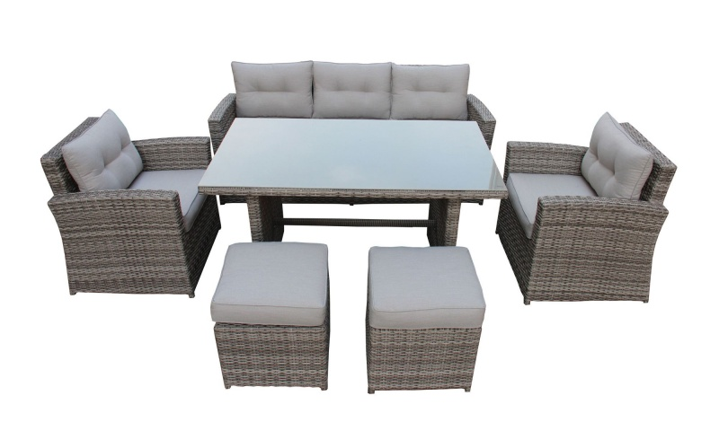 Set 2 fotolii, canapea , masa si 2 tabureti