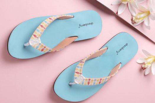 Papuci de dama pentru plaja sau umblat prin curte in care va veti simti confortabil