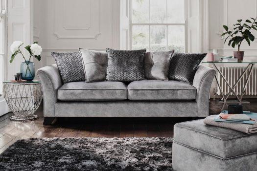 Coltare si canapele extensibile cu 2 si 3 locuri, disponibile online cu livrare rapida